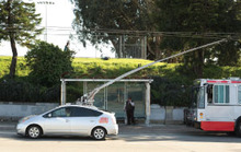 Hacked Prius Running on MUNI Power Lines